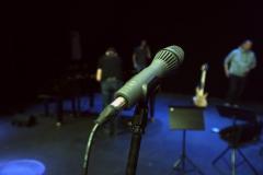 1-mikrofon-MBHO
